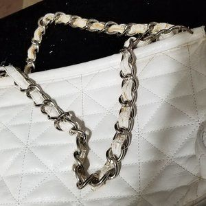 COPY - Heavy White Purse 🦚 Bundle 3 for $21, 5 fo…